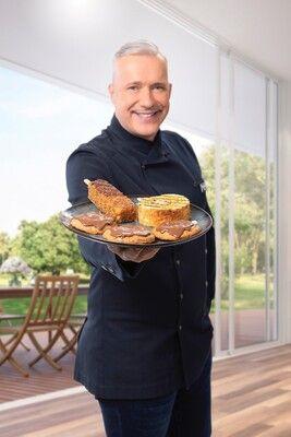 Weltneuheit: Zwei-Sterne-Koch Alexander Herrmann erfindet Kekse und Kuchen zum Grillen