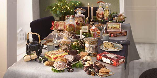 Weihnachtliche Spezialitäten in großem Geschenkpaket