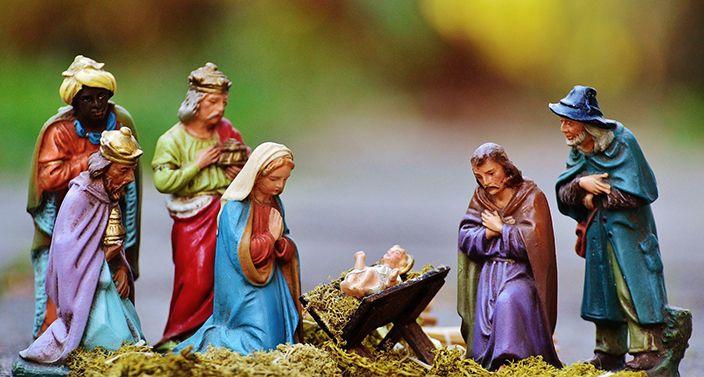 Die 3 Könige beten mit Maria und Josef für Jesus Christus